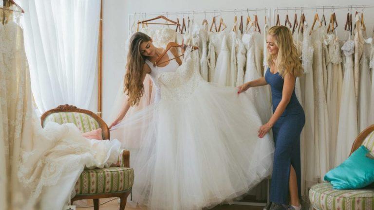 Menyasszonyi ruha kiválasztása
